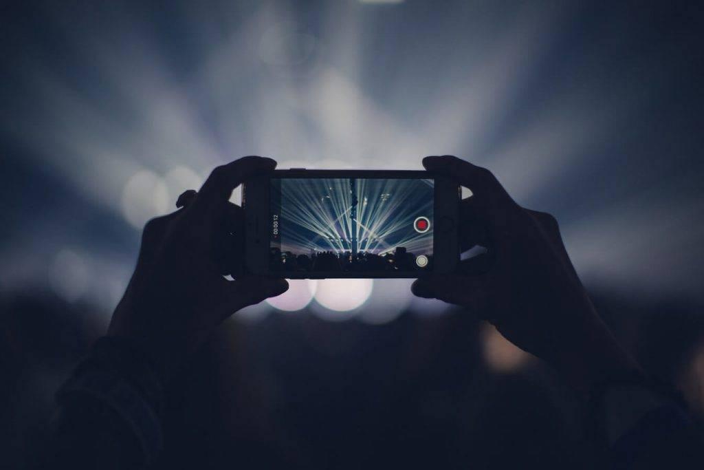 """Starptautisks pētījums: Latvijā labāko video kvalitāti viedierīcēs nodrošina """"Tele2"""""""